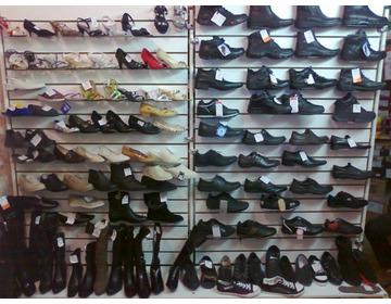 Обувь в ассортименте меняю на авто, стройматериалы, земельный участок под ИЖС - Изображение 1