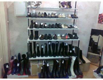 Обувь в ассортименте меняю на авто, стройматериалы, земельный участок под ИЖС - Изображение 2