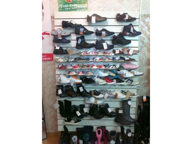 Обувь в ассортименте меняю на авто, стройматериалы, земельный участок под ИЖС - 3
