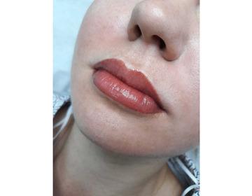 Наращивание ресниц/ламинирование/ботокс. Перманентный макияж (брови, веки, губы) - Изображение 1
