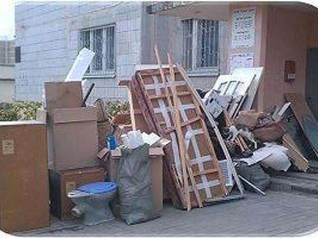 Вывоз строительного мусора старой мебели - 2