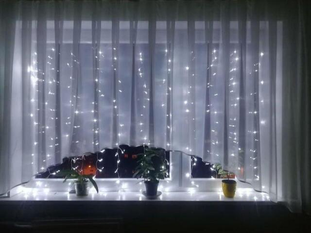 Гирлянда окно штора 1, 5 на 1, 5 белая - 3