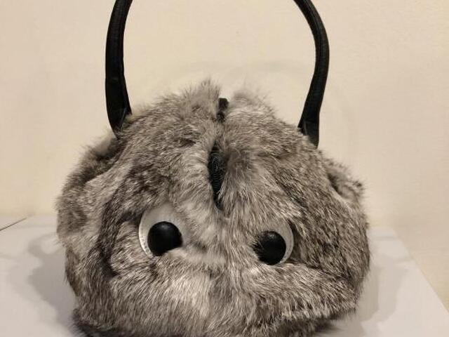 Меховая сумка с глазами - 1