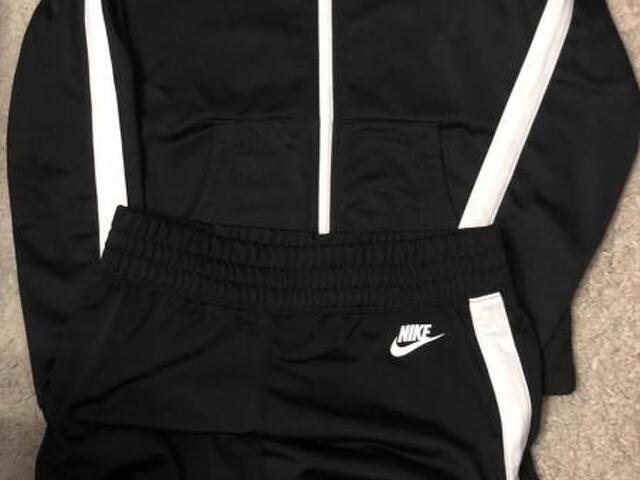 Спортивный костюм Nike - 1